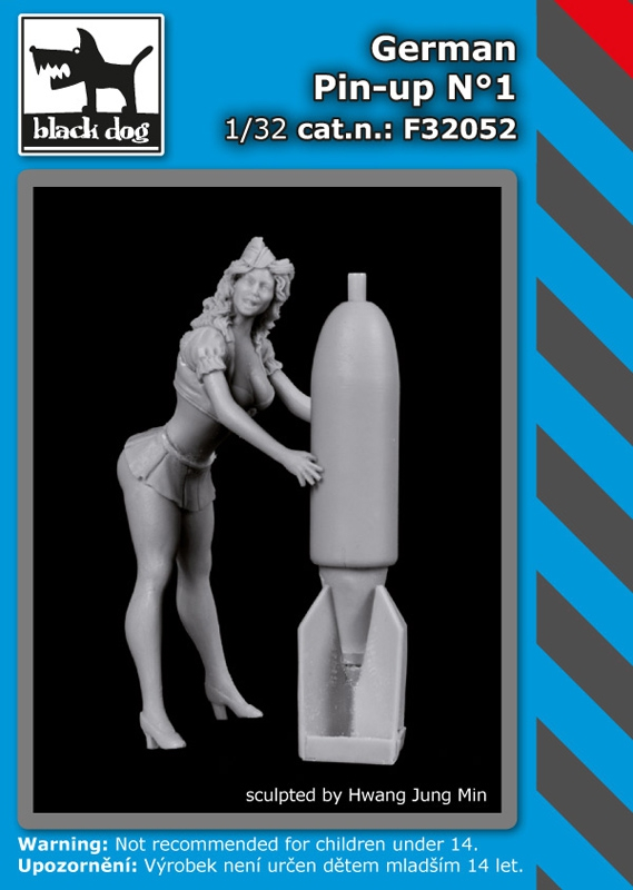 1/32 German Pin-up No.1